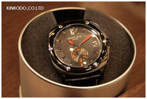 renato_angi_watch2.jpg